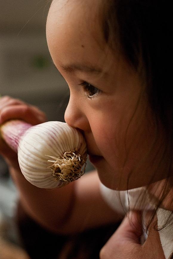 baby esme smells green garlic